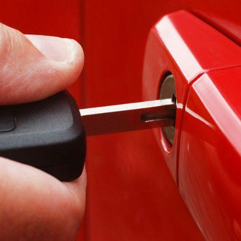 Aracınızın Kapısı Kilitlimi kaldı !